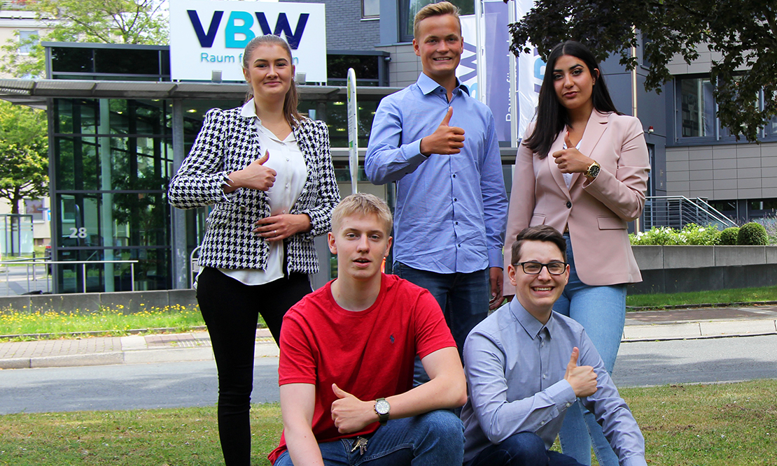 Die VBW begrüßt fünf neue Auszubildende im Unternehmen